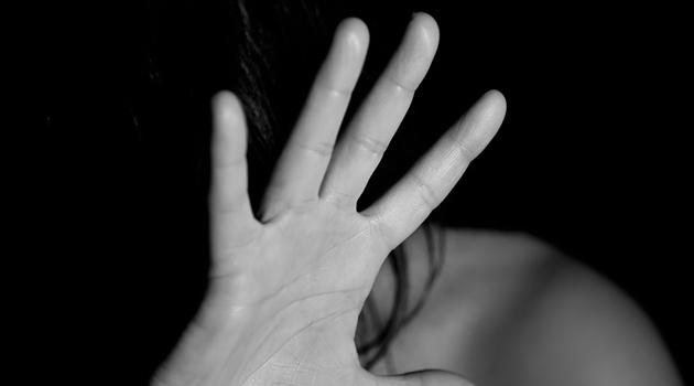 Violenza donne. Minisci: si introducano norme per accelerazione celebrazione processi