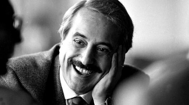 Onoriamo la memoria di Giovanni Falcone con l'impegno e la difesa intransigente della legalità